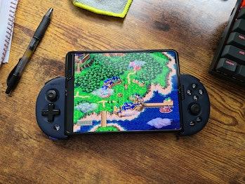 Emulator retro games on the Samsung Galaxy Z Fold