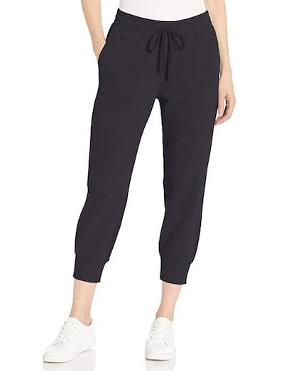 Amazon Essentials Fleece Capri Jogger Sweatpant