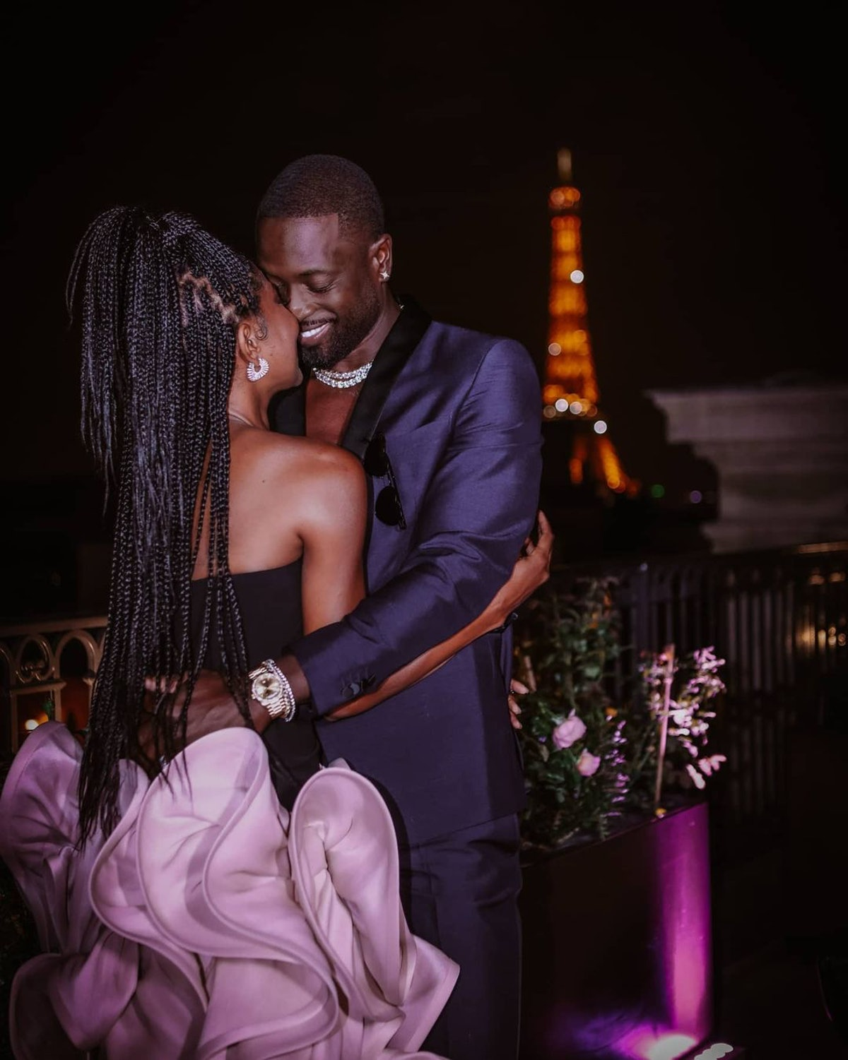 Gabrielle Union and Dwyane Wade embrace in Paris