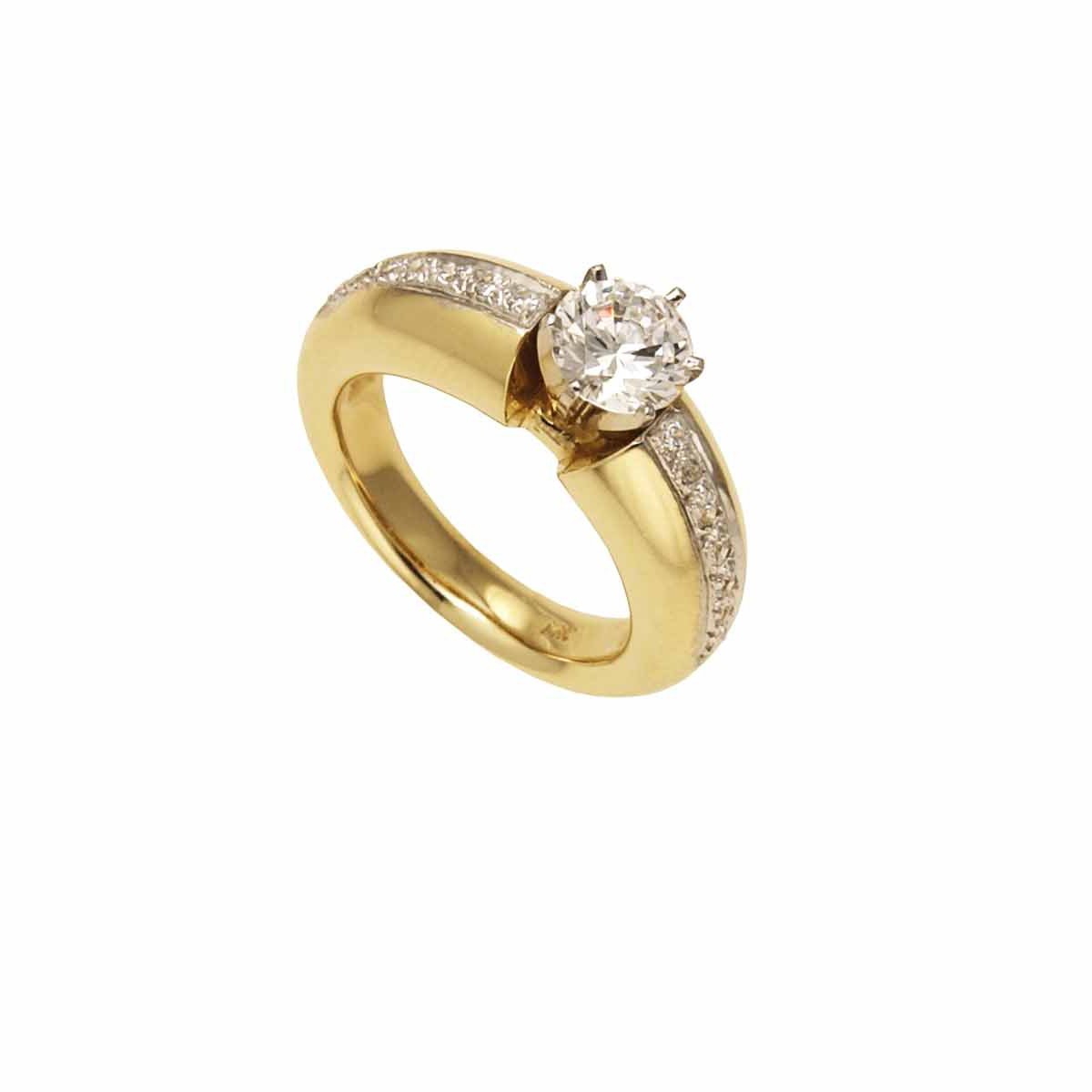 Solo engagement ring 18k yellow gold from Chris Aire.