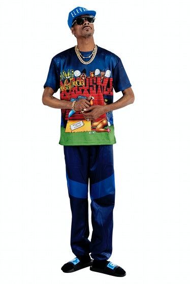 Snoop Dogg wears a T-shirt from his own line.