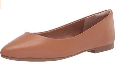 Amazon Essentials Pointed-Toe Ballet Flat