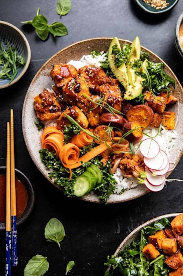 Sheet pan Korean chicken bowl