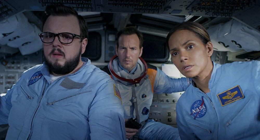 John Bradley, Patrick Wilson, and Halle Berry in Moonfall.