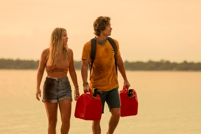 MADELYN CLINE as SARAH CAMERON and CHASE STOKES as JOHN B in Netflix's 'Outer Banks'