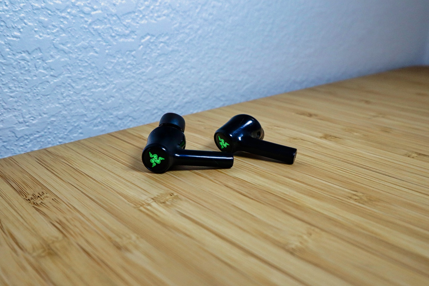 Razer Hammerhead True Wireless Earbuds for smartphones