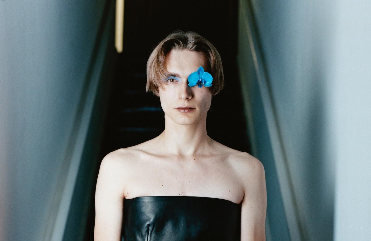 De Kluyver یک سایه آبی کم رنگ از Gucci Palette جدید 12 سایه Beauté des Yeux ، موجود ...