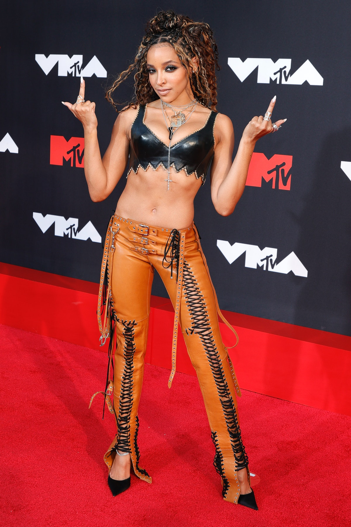Tinashe at the 2021 VMAs