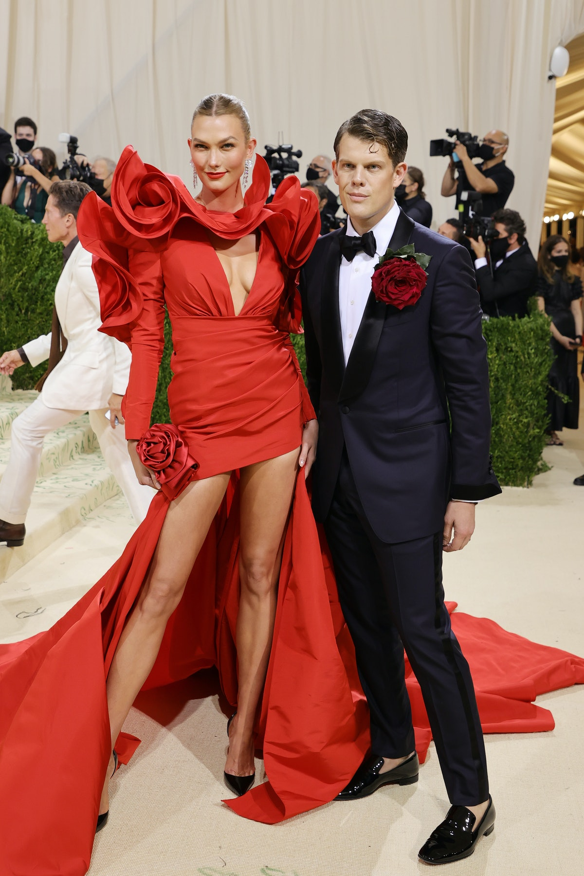 Karlie Kloss and Wes Gordon attend The 2021 Met Gala Celebrating In America: A Lexicon Of Fashion at...