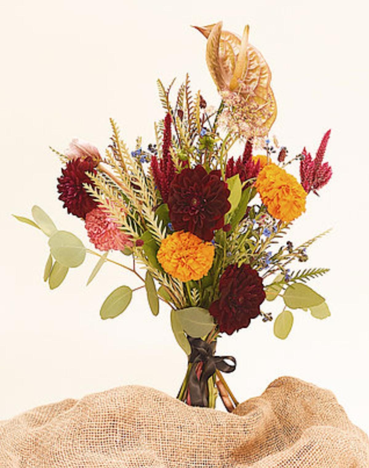 OLIVEE Floral Bouquet: Colorful