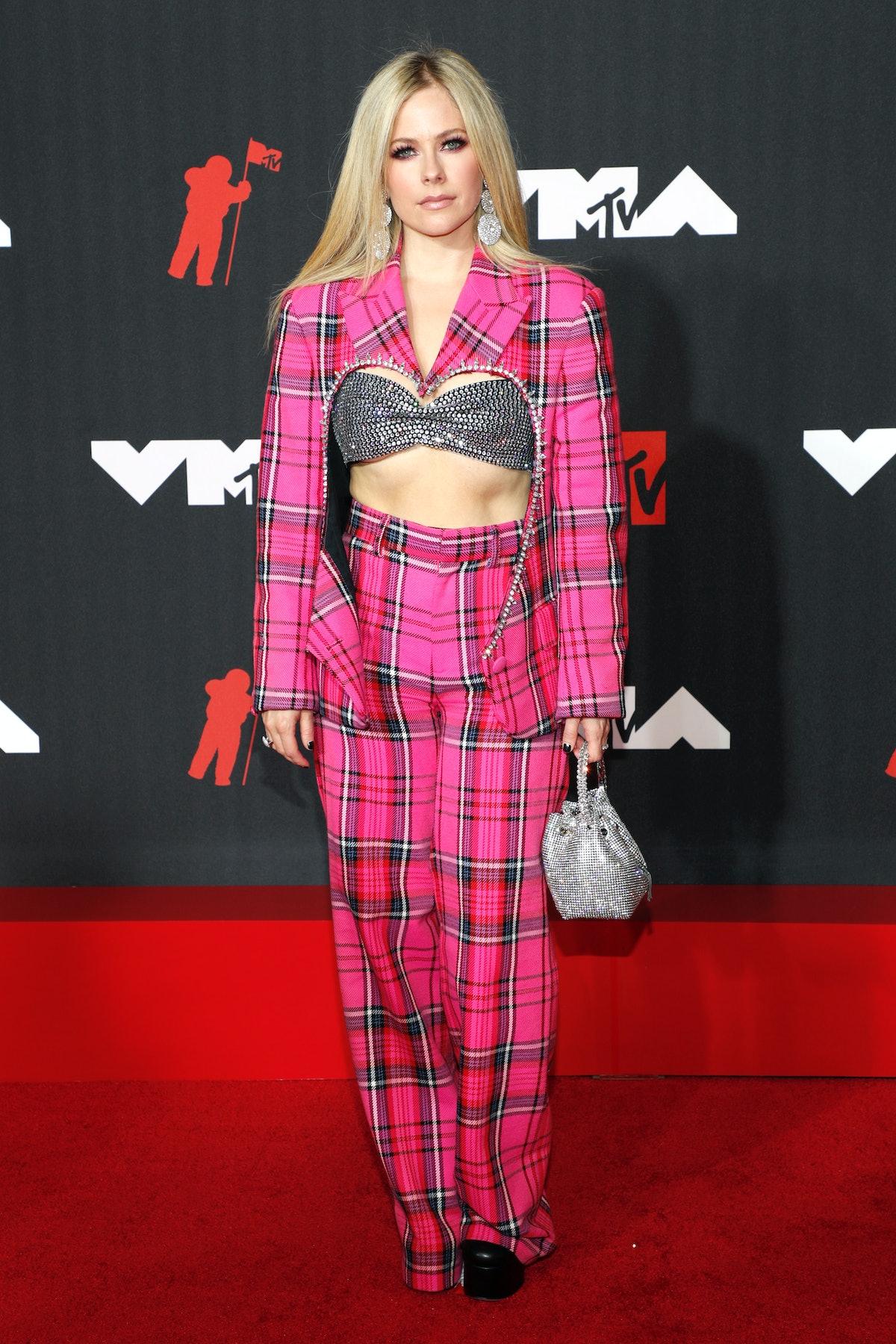 Avril Lavigne at the 2021 VMAs