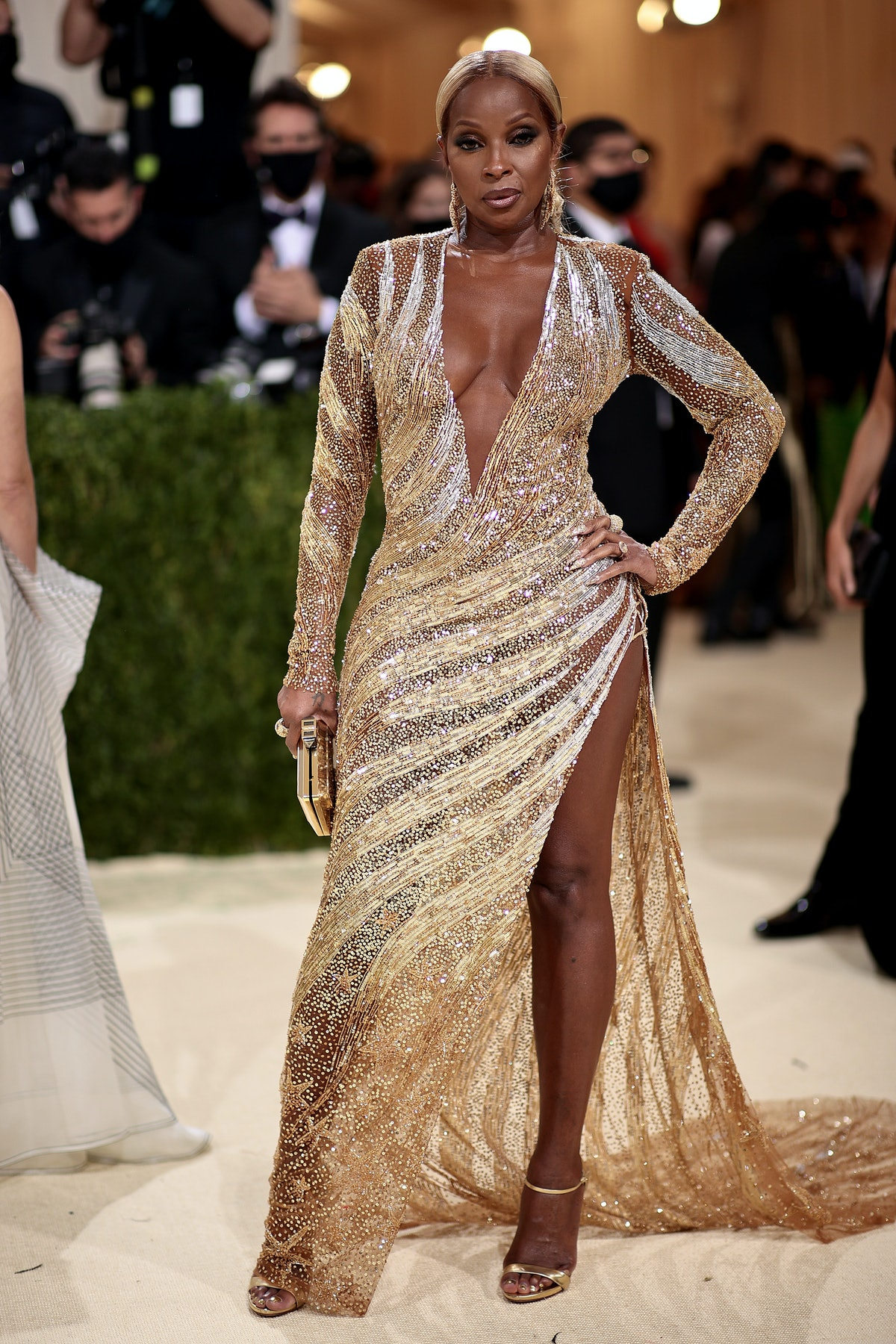 Mary J. Blige attends The 2021 Met Gala Celebrating In America: A Lexicon Of Fashion at Metropolitan...