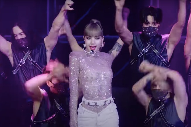 """Blackpink's Lisa performed her single """"Lalisa"""" live on the Tonight Show With Jimmy Fallon"""
