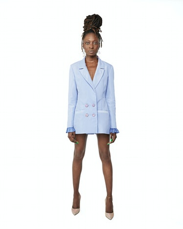 Ama Nwoke's periwinkle slim fit blazer.