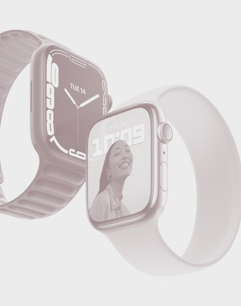 Two Apple Watch Series 7's side-by-side