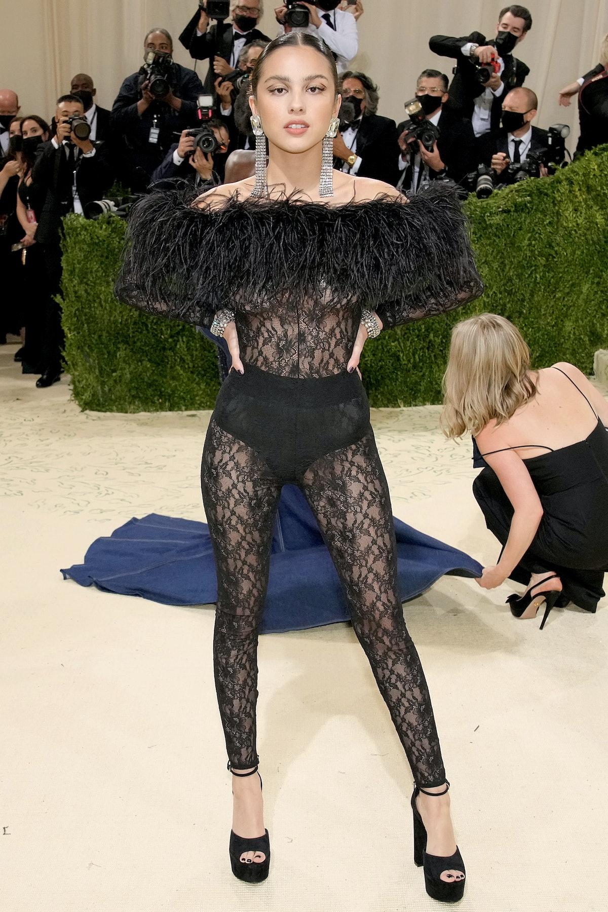 اولیویا رودریگو در The Met 2021 Celebrating In America: A Lexicon of Fashion در متروپولیتا شرکت کرد ...