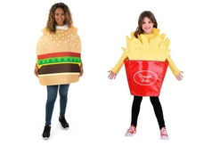 best friends in hamburger and french fry costumes