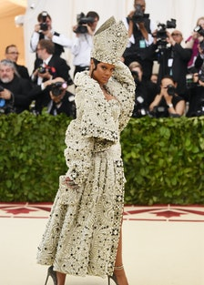 RIhanna dressed as pope.