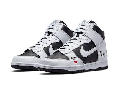 Supreme Nike SB Dunk High 2021
