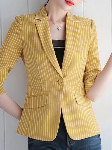 Max Wolfe wear striped blazers often on 'Gossip Girl.'