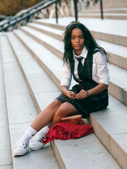 Zoya Lott often wears her school uniform on 'Gossip Girl.'