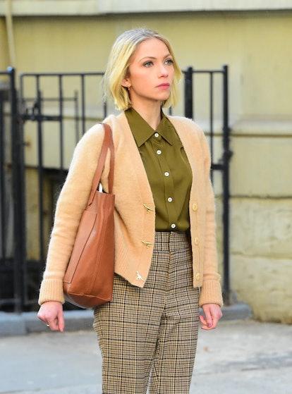 Kate Keller doesn't take many fashion risks on 'Gossip Girl.'