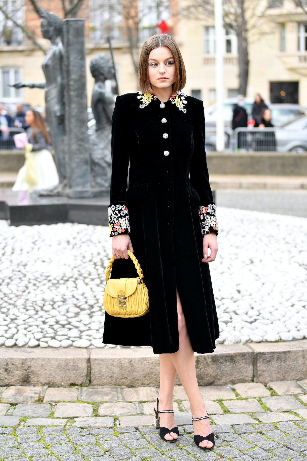 اما کورین در نمایشگاه Miu Miu به عنوان بخشی از لباس زنانه هفته مد پاریس در پاییز/زمستان 2020/2 شرکت می کند ...