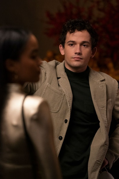 Obie Bergman rocks a corduroy jacket on 'Gossip Girl.'