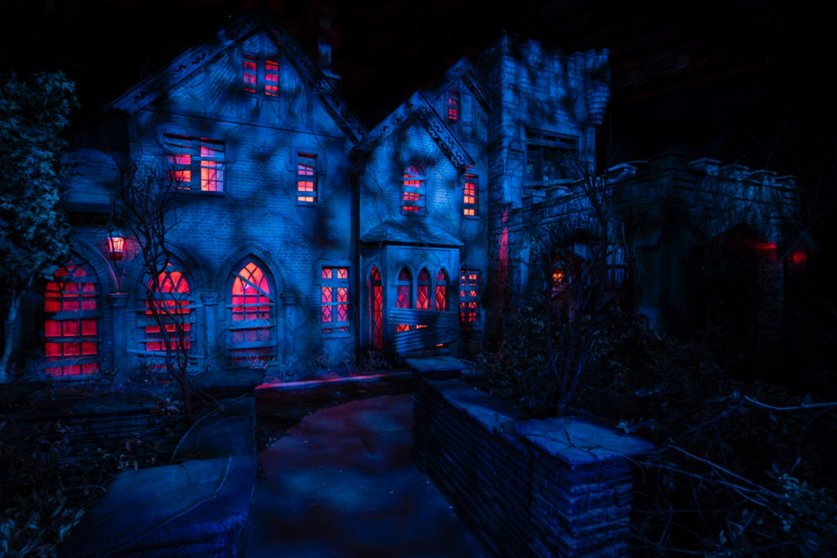 The 'Haunting of Hill House' maze at Universal Studios was created with Netflix.