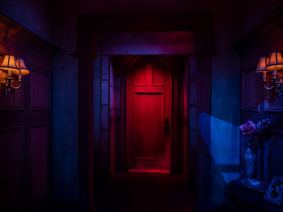 The Red Room is the site of the poison tea party in 'Haunting of Hill House.'