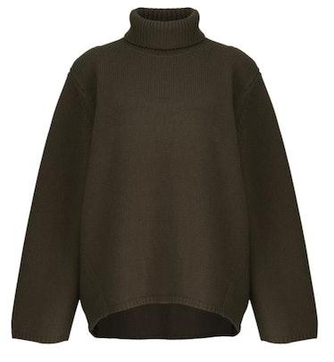 TOTÊME's olive green turtleneck sweater.
