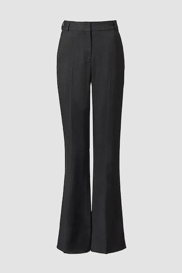 TOVE's black trousers.