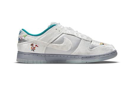Nike Sledding Dunk 2021