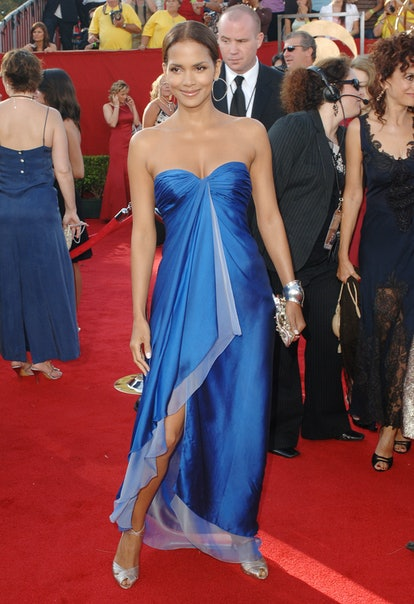 Halle Berry during 57th Annual Primetime Emmy Awards - Arrivals at The Shrine in Los Angeles, Califo...