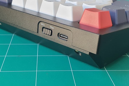 Keychron Q1 switch and port