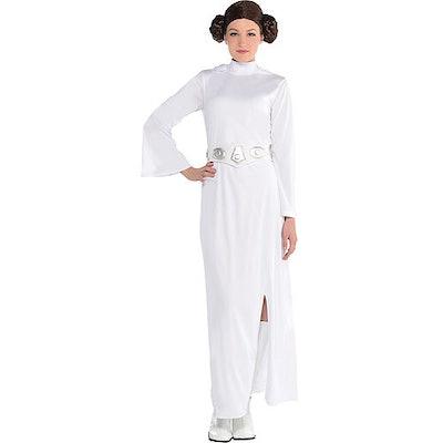 Woman wearing Princess Leia costume