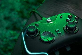 Razer Wolverine V2 Chroma wired controller for Xbox