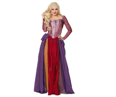 woman wearing plus-size Sarah Sanderson costume from Hocus Pocus