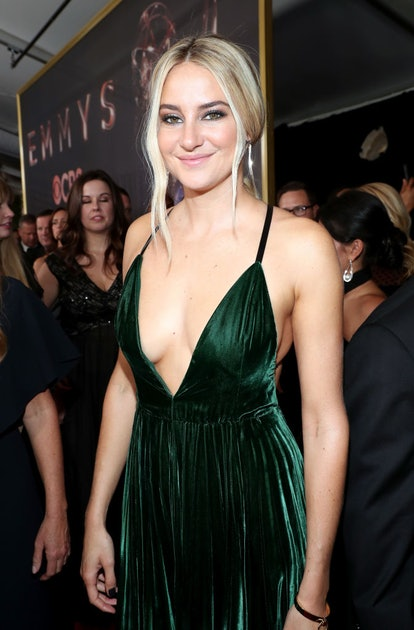 The 2000s called for heavy eyeliner looks, a trend Shailene Woodley sported at the 2017 Emmys.