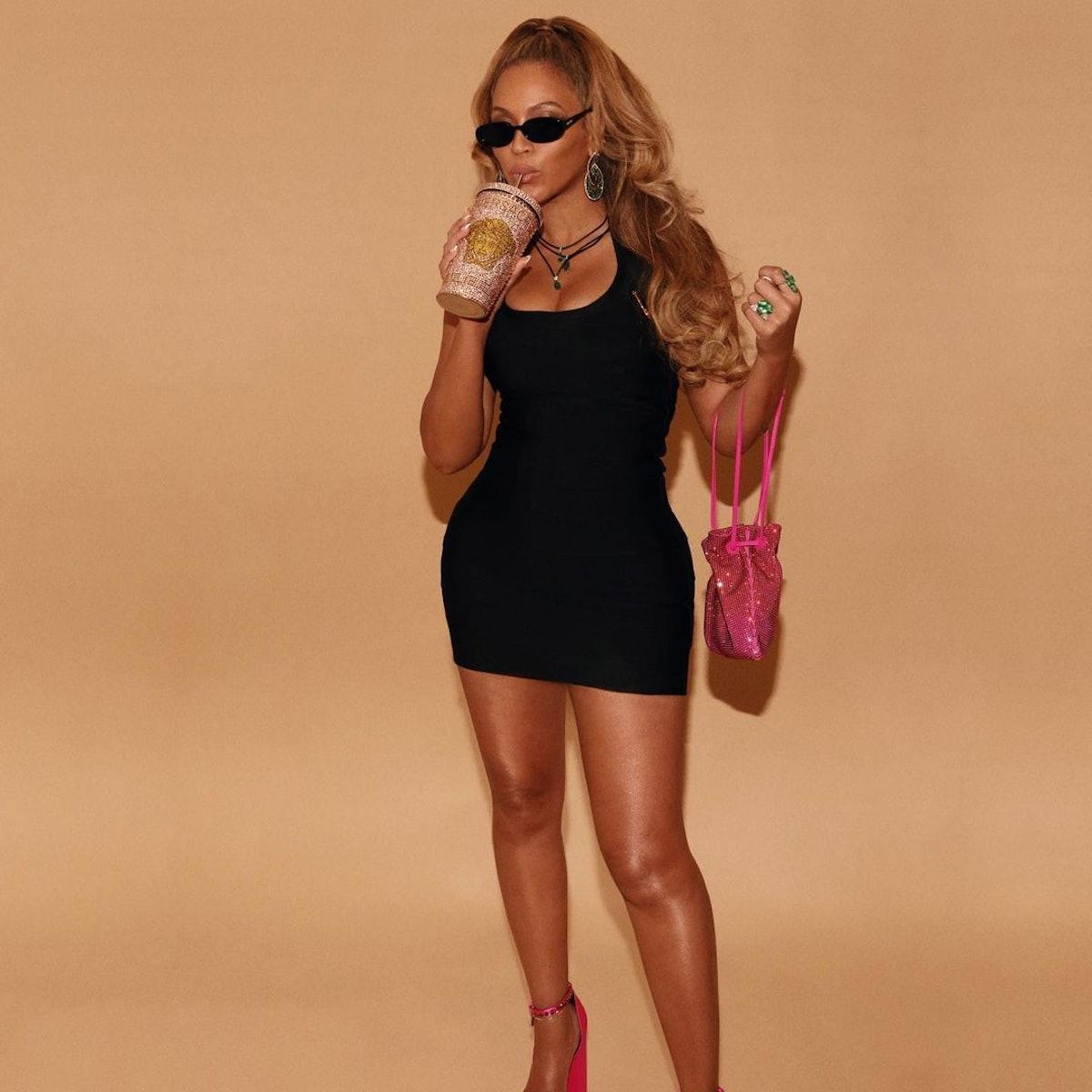 """Beyoncé as """"BarBey"""""""
