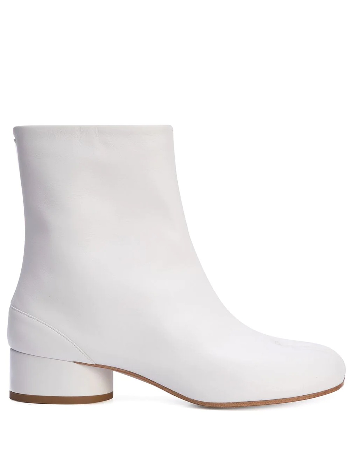 White Tabi toe ankle boot from Maison Margiela, available to shop on Farfetch.
