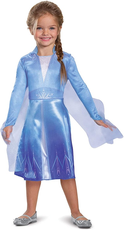 """Toddler dressed up as Elsa from """"Frozen 2"""""""
