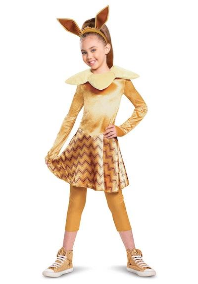 Girl wearing Eevee costume