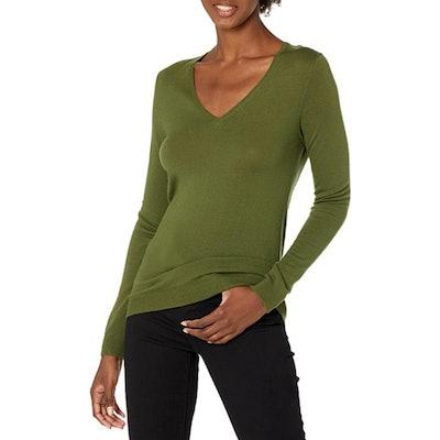 Lark & Ro Merino Wool Long Sleeve V Neck Sweater