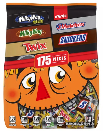 This Snickers, Twix, Milky Way & More Halloween candy mix bag is available at BJ's Wholesasle.