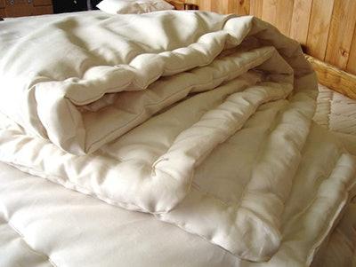 Holy Lamb Organics Wool Comforter (Full/Queen, Cool Comfort)