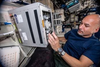 Astronaut Luca Parmitano installed the BioRock experiment on the ISS.