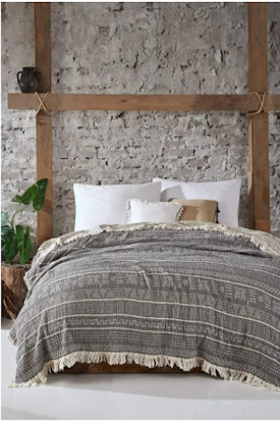 Bhoota Collection Handmade Organic Bed Cover (87 x 95 Inches)