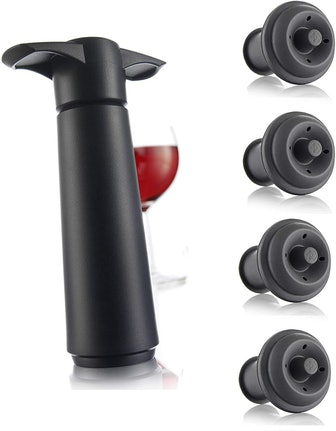 Vacu Vin Wine Saver Pump and Stoppers (5 Pieces)