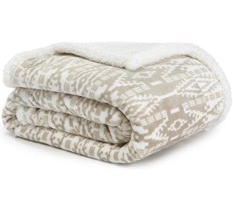 Eddie Bauer Plush Throw Blanket